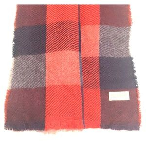 NWT Hollister Plaid Scarf ,Navy/Red/Gray Color